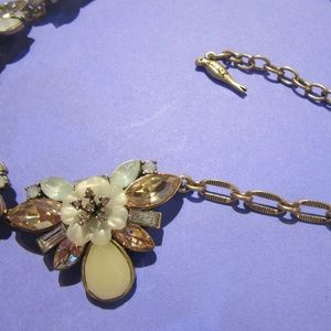Chloe + Isabel Jewelry - Chloe + Isabel Floral Bloom Collar Necklace